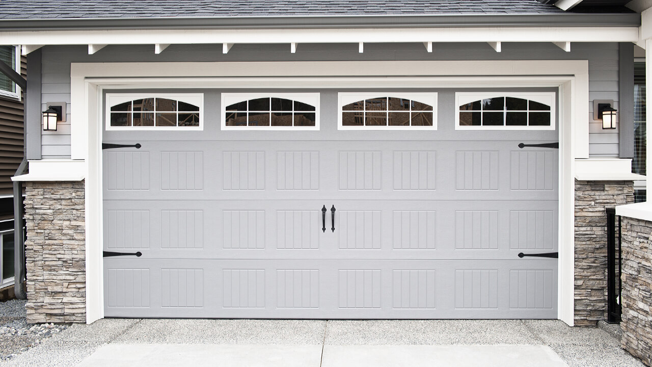 Garage Door Repair: How to fix a stuck roller
